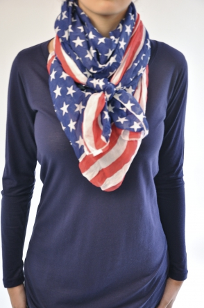Femme comment nouer un foulard short for Autour de bebe portet