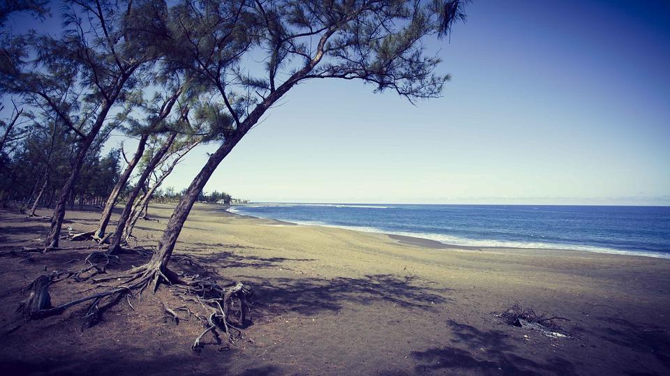 Plage de l'Etang Salé à l'île de la Réunion