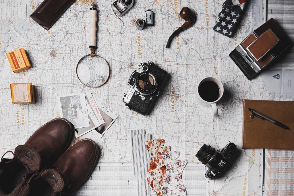 Appareil photo et carte vue de haut