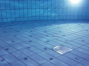 fond d'une piscine